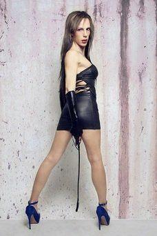 Karla Fox - travestimadrid.com