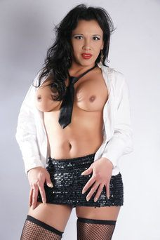 Victoria - travestimadrid.com