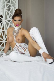 Dayana Vidal  - travestimadrid.com