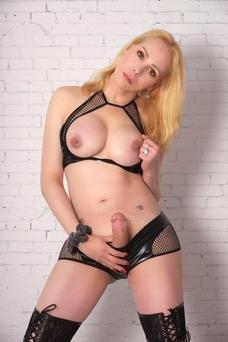 Luciana - travestibarcelona.com