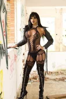 Ariadna Kelly  - travestibarcelona.com