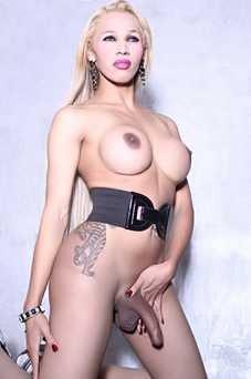 Luna Augusto - travestimadrid.com