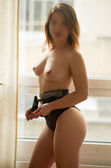 Leonor, 656 187 688 - Puta en Madrid