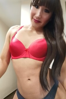 Kendra Yui  - travestibarcelona.com