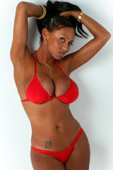 Alejandra Santos - travestimadrid.com
