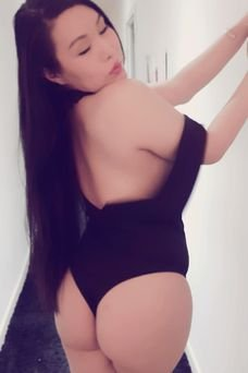 Ayumi Osaka - travestimadrid.com