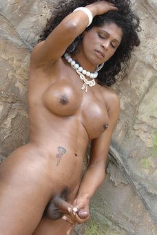 Naomi Santos - travestibarcelona.com